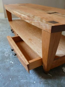 cherry_coffee_table_drawer_detail