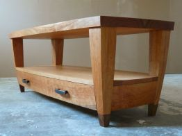 cherry_coffee_table_three_quarter_view