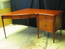 custom_corner_office_desk
