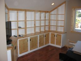 studio_cabinets_white_and_pine